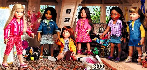 Dolls & Bears Fashion, Character, Play Dolls Selfless Barbie Car Seven Disney Princess/barbie Dolls Up-To-Date Styling